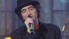 Una Cancion Para La Magdalena (Video Actuacion TVE) - Joaquín Sabina