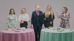 Little Mix Gingerbread House Challenge