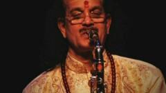 Raga Madhyamavathi (Nagumomu) (Pseudo Video) - Kadri Gopalnath