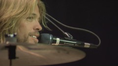 Cold Day In The Sun (from Skin And Bones, Live in Hollywood, 2006) - Foo Fighters