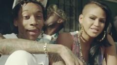 Paradise - Cassie, Wiz Khalifa