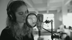 Higher (Acoustic Version) - Laura Tesoro