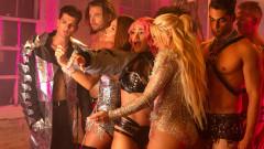 Estoy Soltera (Behind the Scenes) - Leslie Shaw, Thalía, Farina