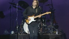Intro Song (Live In Concert) - Eric Johnson
