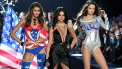 Hands To Myself, Me & My Girls (The Victoria's Secret 2015 Fashion Show)
