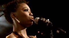 Ixesha (Live at Carnival City, Johannesburg, 2009) - Lira