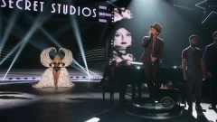 Young Girls (Victoria's Secret Fashion Show 2012) - Bruno Mars