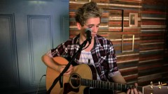 She Looks So Perfect (5 Seconds Of Summer Cover) - Elyar Fox