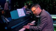 Everyday Robots (Live) - Damon Albarn