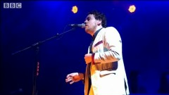 I'm Aquarius (Live At Reading 2014) - Metronomy