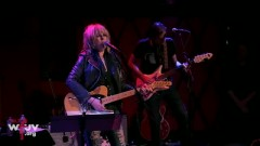 Something Wicked This Way Comes (FUV Live At Rockwood Music Hall) - Lucinda Williams