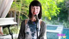 Love In High Places (Exclusive Perez Hilton Performance) - Kimbra