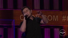Hello Darlin' (Live At The Grand Ole Opry) - Scotty McCreery