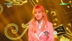 Into You (150605 Music Bank) - Jun Hyo Sung