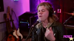 Hold Me Up (Exclusive Perez Hilton Performance) - Conrad Sewell