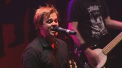 I'm Gay (Live and Very Attractive, Manchester, UK, 2007) - Bowling For Soup