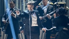 Suit & Tie, Pusher Love Girl (Grammy 2013) - Justin Timberlake, Jay-Z