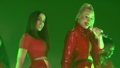 Switch (Live The Tonight Show) - Iggy Azalea, Anitta