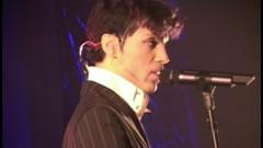 Gotta Broken Heart Again (Live At The Aladdin, Las Vegas, 12/15/2002)