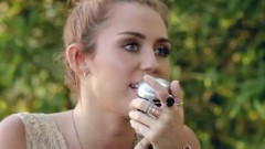 Look What They've Done To My Song (The Backyard Sessions) - Miley Cyrus