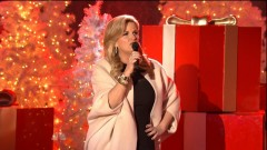 Santa Claus Is Back In Town (Christmas In Rockefeller Center 2014) - Trisha Yearwood