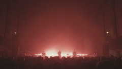 Hell to the Liars (Live at The Round Chapel) - London Grammar
