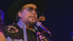 Drift Away (Never Say Die: The Final Concert Film, Nashville, Jan. '00) - Waylon Jennings, The Waymore Blues Band