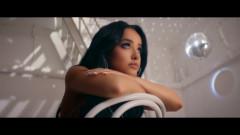 EN MI CONTRA (Álbum Visual) - Becky G