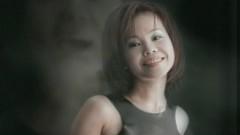 Yue Liang Shi Zhe (Video with Subtitle) - Julia Peng