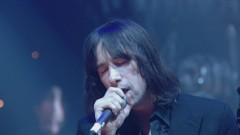 Movin' On Up (Live from Jools' 11th Hootenanny 2003) - Primal Scream