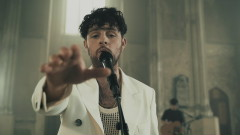 Lucky Ones (Live at the Holy Trinity Morgan Street) - Tom Grennan