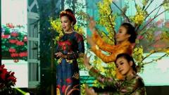 Mùa Xuân Chim Én Bay - Sèn Hoàng Mỹ Lam