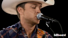 Point At You (Live Acoustic At Billboard Studios) - Justin Moore