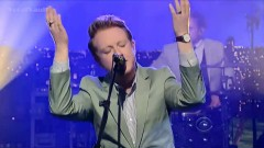 Changing Of The Seasons (Live On David Letterman) - Two Door Cinema Club