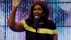Freeway Of Love & Sweet Sixteen (Live On Kelly And Anderson Cooper) - Aretha Franklin