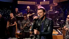 South Of Me (Live On David Letterman) - Robby Johnson