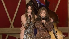 You're Looking At Country (48th Annual CMA Awards 2014) - Kacey Musgraves, Loretta Lynn