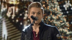 Merry Christmas Baby (CMA Country Christmas 2014) - Hunter Hayes