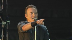 Dancing in the Dark (from Born In The U.S.A. Live: London 2013) - Bruce Springsteen