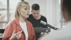 Lieber allein (Zwischen meinen Zeilen Live) - LEA