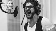 Morir Por Vivir (Official Video) - Ricardo Arjona