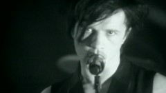You Spin Me Round (Like a Record) [au profit de RSF] (Clip officiel) - Indochine