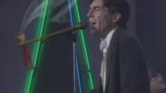El Muro De Barlin (Video Actuacion TVE) - Joaquín Sabina