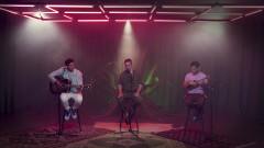 Estos Celos (Video Oficial) - Reik