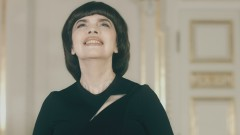 Le premier regard d'amour (Russian Version) (Official Video) - Mireille Mathieu