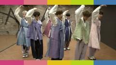 SPOTLIGHT (Dance ZoomZoom Ver) - VAV