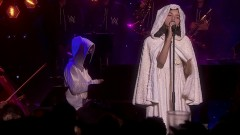 Sunday & Sing Me To Sleep (Live Performance) - Alan Walker