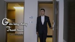 Giữa Lưng Chừng Thanh Xuân - Duy Khoa