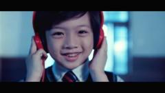 傷心的人別聽慢歌 / Shang Xin De Ren Bie Ting Man Ge / Người Đang Tổn Thương Đừng Nghe Nhạc Chậm - Ngũ Nguyệt Thiên