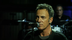 The Promise (Live At The Carousel, Asbury Park, NJ - 2010) - Bruce Springsteen